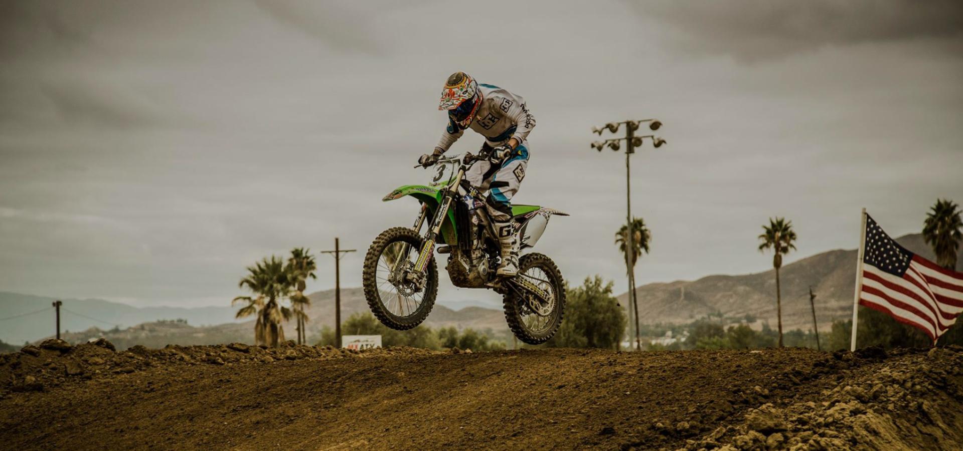 kawasaki-motocross_1800x930px